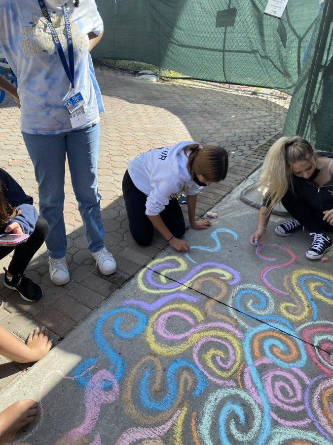 Peer Counseling students   chalking for peace!